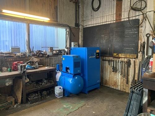 Air compressor installations